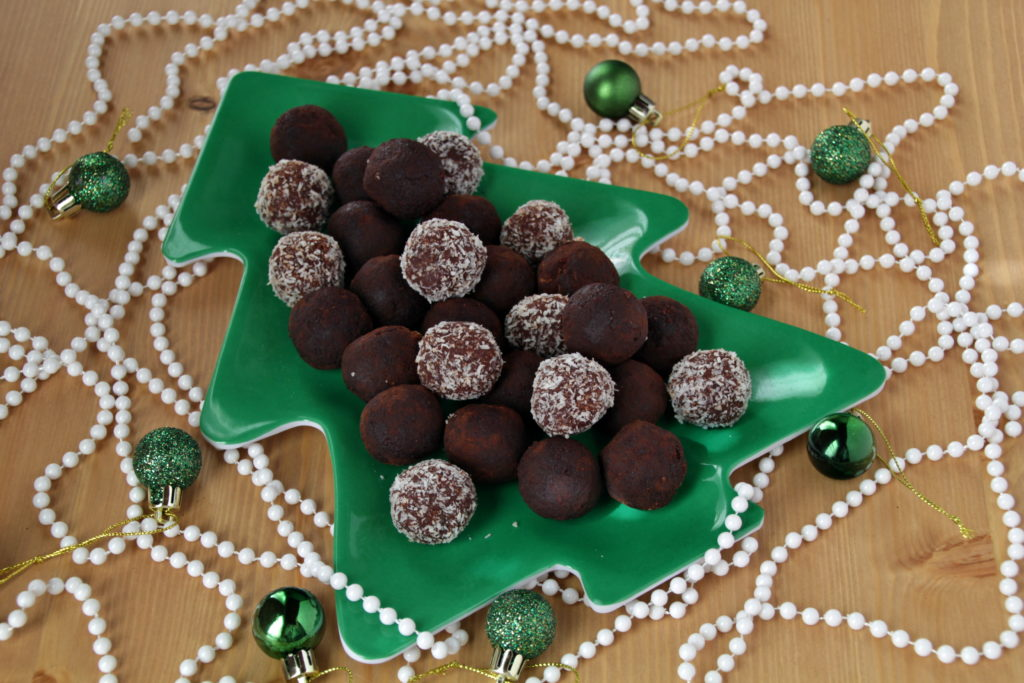 Orange Chocolate Rum Balls (Paleo, Low Carb)