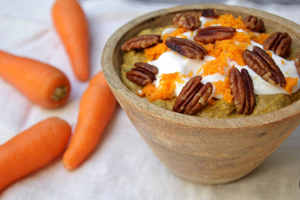 Carrot Cake Porridge (Paleo, Low Carb, Vegan)